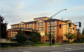 Phoenix Inn Suites Lake Oswego 3*