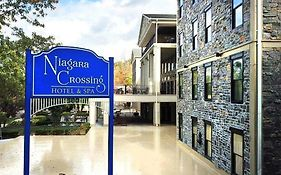 Niagara Crossing Hotel