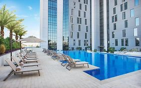 Hampton by Hilton Dubai Airport 4*