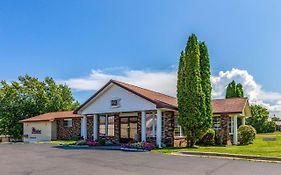 Quality Inn Lakefront Saint Ignace Mi