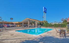 Americas Best Value Inn Uvalde Tx