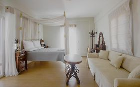 Emilia Luxury Apartments Syros Island