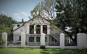 Sandton Farmhouse Executive B&B