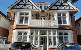 Beach Lodge Southbourne