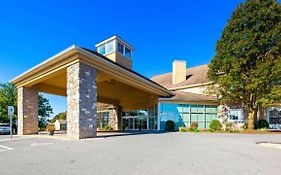 Best Western Plus Revere Inn And Suites Paradise Pa