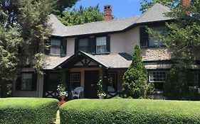 Pinecrest Bed And Breakfast Asheville Nc