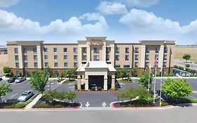 Hampton Inn & Suites Madera California