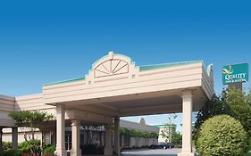 Quality Inn And Suites Mcdonough Ga