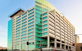 Embassy Suites by Hilton Los Angeles - Glendale