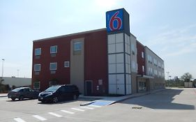 Motel 6 Downtown Houston