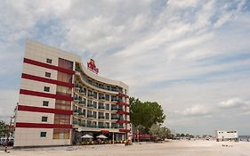 Hotel Hawaii Beach Mamaia