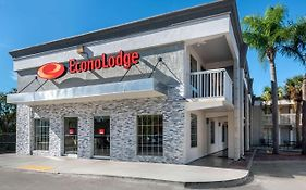Econo Lodge Raymond James Stadium