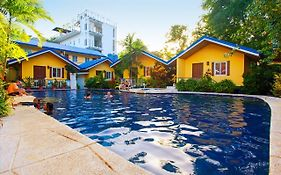 Blue Lagoon Inn & Suites Puerto Princesa