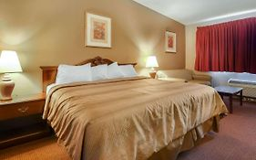 Quality Inn And Suites Beaver Dam Wi