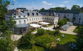 Clarion Hotel Chateau Belmont Tours