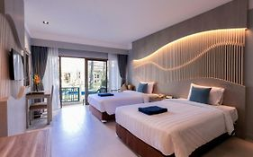 Amora Beach Resort 4*