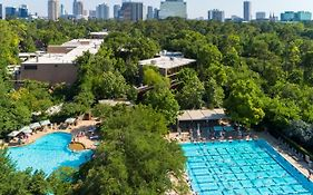 Houston Resorts And Spas