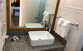Americas Best Value Inn Visalia Ca