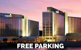 Aquarius Casino Resort in Laughlin Nv