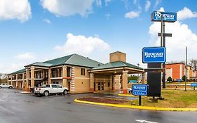 Rodeway Inn And Suites Dickson Tn