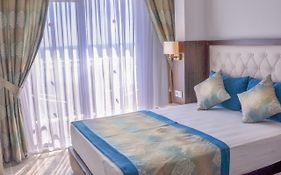 Cleopatra Golden Beach Hotel 4*