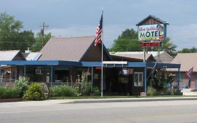Blue Gable Motel