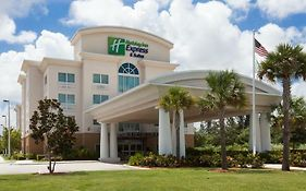 Holiday Inn Express Ft. Pierce Turnpike I-95 photos Exterior