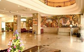 Kunming Golden Dragon Hotel