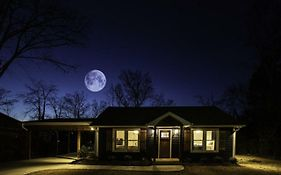 Blue Moon Cottage