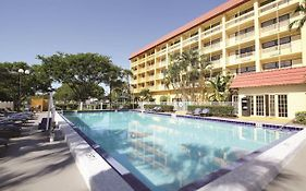 La Quinta Inn & Suites Coral Springs University Drive