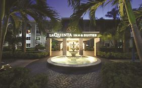 La Quinta Inn & Suites University Drive South