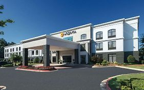 Wingate by Wyndham Kennesaw Ga