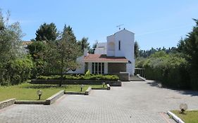 Villa Dimi - 100m Beach, 4 Bdrms, Garden, Sea View Πευκοχώρι