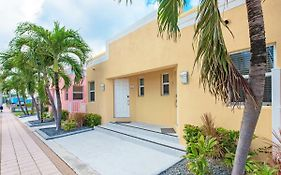 Townhouse Apartments Hollywood Fl