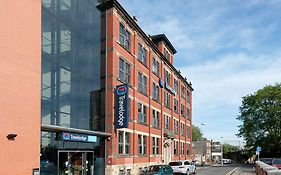Macclesfield Central Travelodge