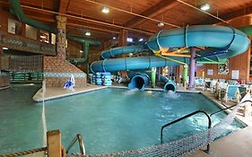 Polynesian Water Park Resort Wisconsin Dells