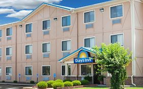 Days Inn Dyersburg Tennessee