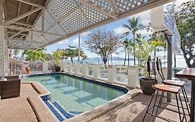 Beach House Motel Townsville