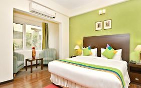 Sterling Suites Bangalore 3*