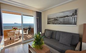 Les Dunes Suites Apartments