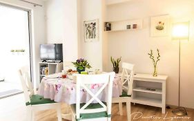 Beautiful And Spacious Apartment - Athens Downtown