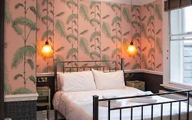 The Crown Hotel Stamford 4*