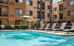 Courtyard Fountain Valley Ca 3*