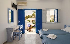 Evgenia Rooms And Apartments Folegandros Island
