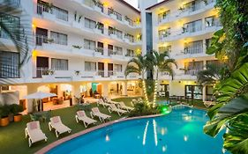 Playa Los Arcos Suites
