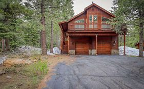 Inviting, Comfortable Mountain Home