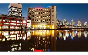 Crowne Plaza Melbourne 4*