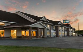 Boarders Inn & Suites By Cobblestone Hotels