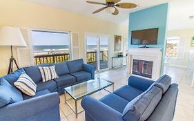 Harmony Beach House, Sleeps 11, 3 Bedrooms, Beach Front