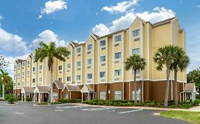 Microtel Lehigh Acres Florida